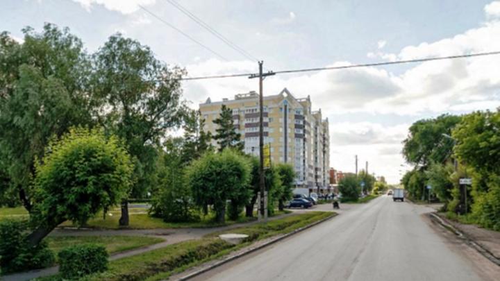 На двух улицах Старого Кировска введут двустороннее движение