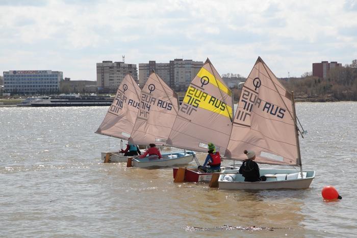 Новосибирские яхтсмены открыли сезон