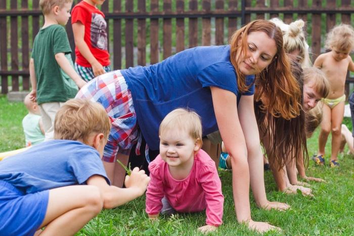 Как правило, туры для всей семьи организовывают летом — участники едут на Алтай