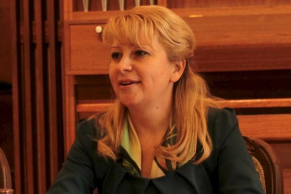 Юлия Шакурская занимает пост гендиректораТюменского концертно-театрального объединения. Она заняла кресло руководителя после скандала с картинами, похищенными из музея ИЗО три года назад
