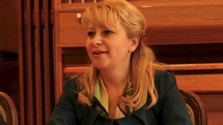 Тюменские следователи допросили главную по театрам Юлию Шакурскую. Что про это известно