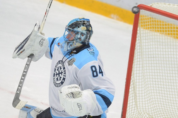 Ворота «Сибири» защищал Алексей Красиков