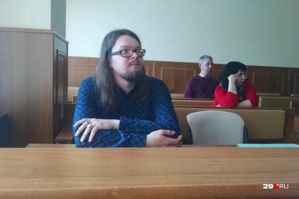 Евгений Богучарский — главный редактор издания «Новости Дня 29»