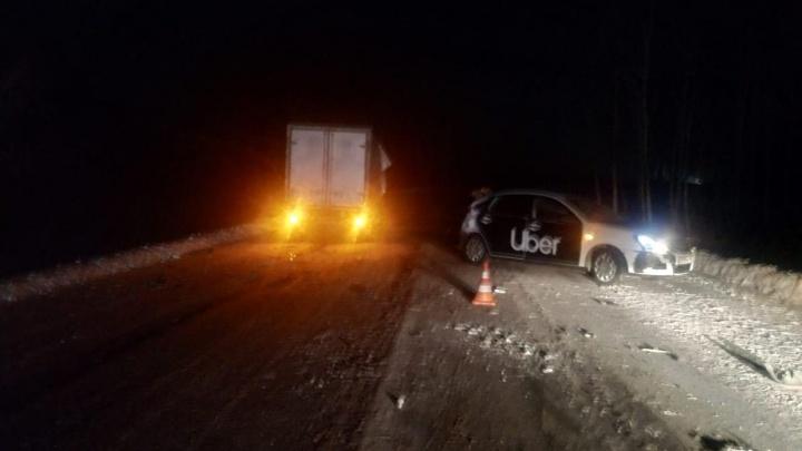 Смертельное ДТП на трассе: машина с логотипом Uber врезалась в грузовик на встречной полосе