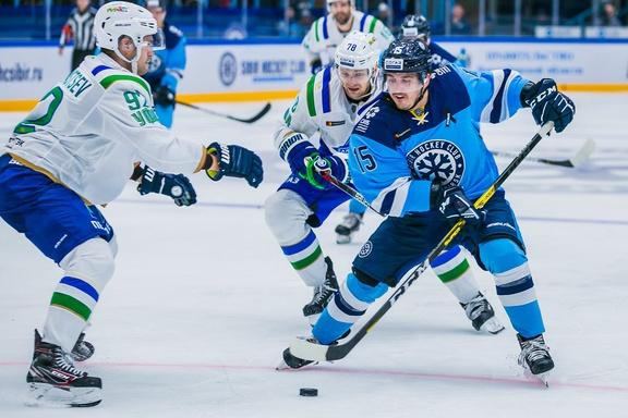 Из гостей с двумя победами: «Салават Юлаев» разбил «Сибирь» и завершил первую выездную серию сезона