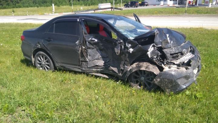 Дорожное видео недели: паровозик на Челябинском тракте, ГАЗель без тормозов и утонувшая в луже BMW