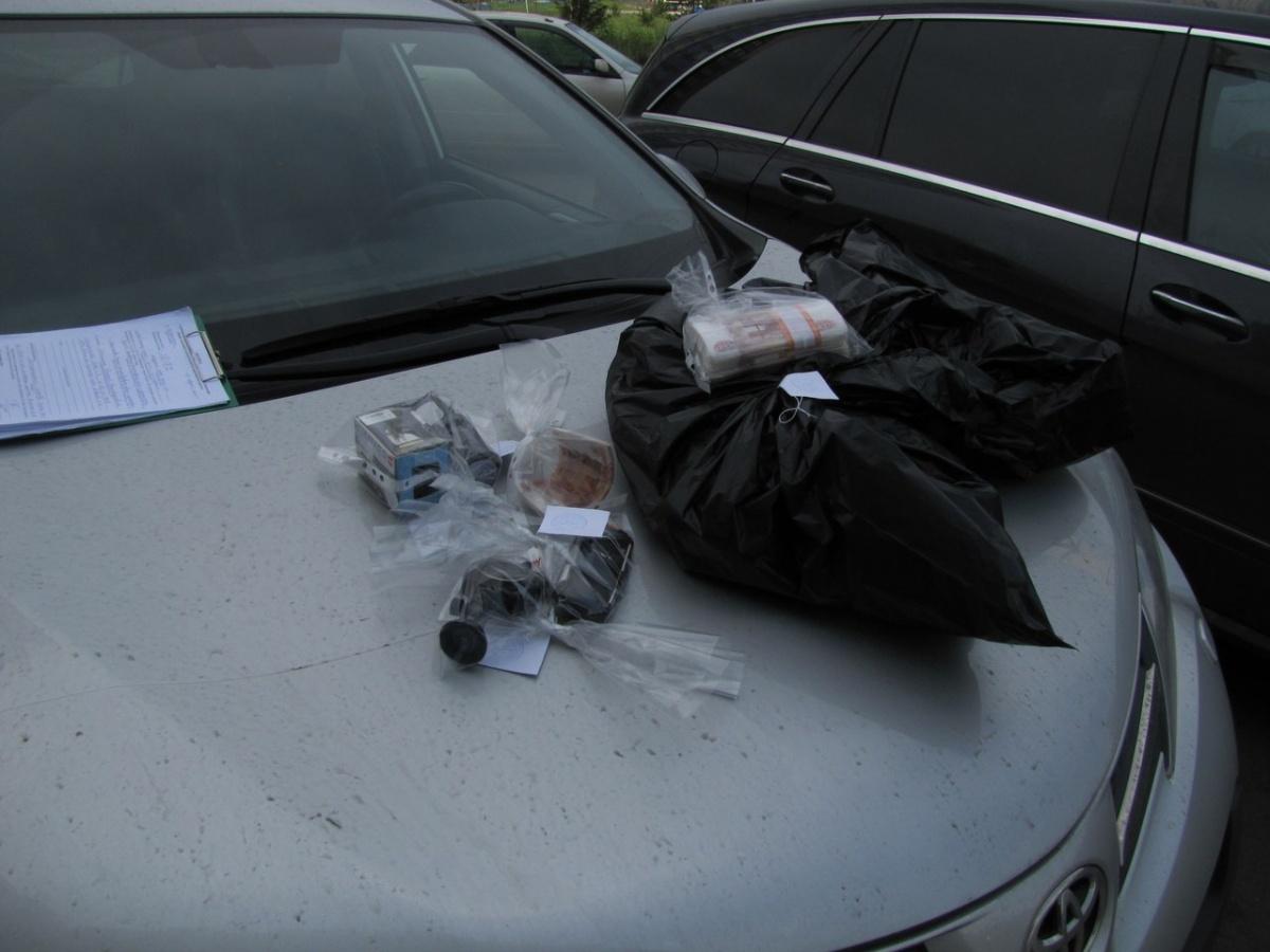 ВКрасноярске уподозреваемого вовзяточничестве инспектора стройнадзора отыскали 16 квартир