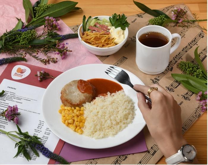 Все блюда в ресторане «Вилка-Ложка» — только ресторанного качества, они большие и вкусные