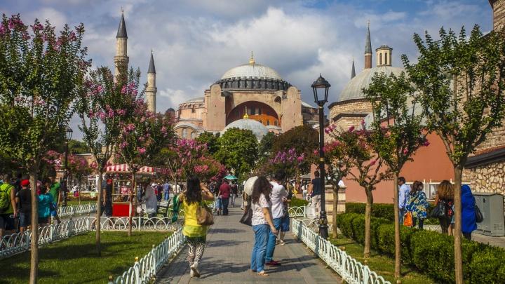 Прилетай, раскошеливайся: как изменится стоимость отдыха в Турции из-за налога на проживание