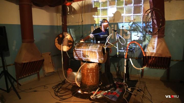 «Сыграем на ржавых бочках и стальных прутьях»: волгоградцев ждут на музыкальный вечер в музее ИЗО