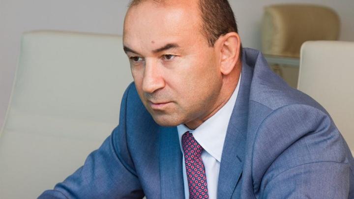 Недокормил птичку: Внешэкономбанк предложил гендиректору компании «Евродон» уволиться