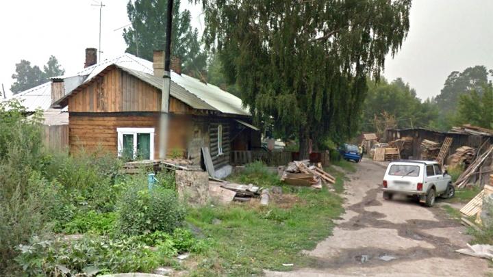 Крупный застройщик купил барак, чтобы построить дом с видом на озеро