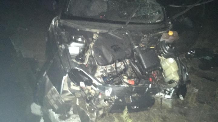 «Водитель был пьян»: на трассе под Самарой «десятка» врезалась в островок безопасности
