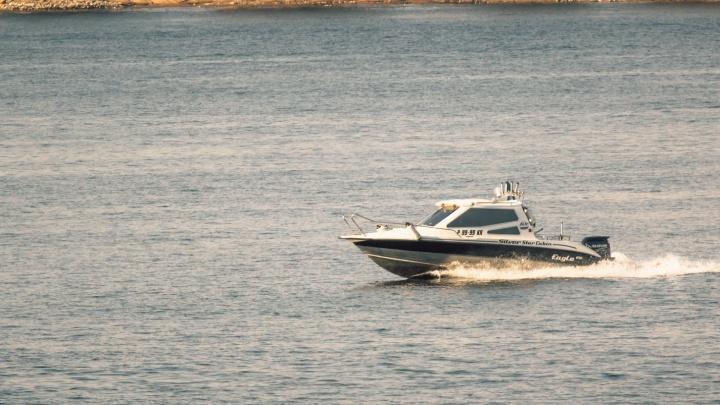 В Самаре умер ребенок, который упал в воду с катера на Волге
