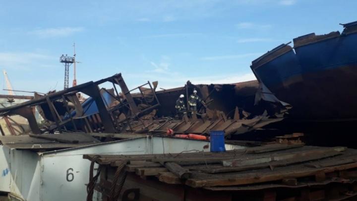 В Волжском на базе флота произошел взрыв: трое погибших