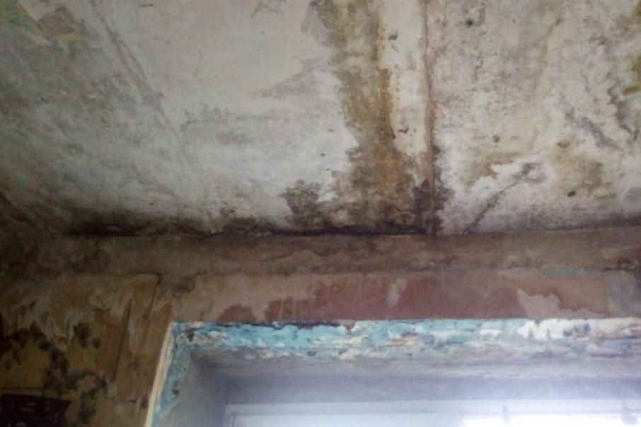 Управляющая компания просит жильцов дома  подождать капитального ремонта
