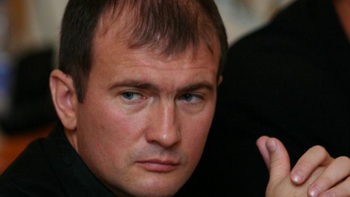 «Запрещено ходить по улицам»: в Волгограде экс-депутата оставили в квартире еще на три месяца