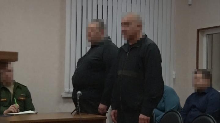 В Волгограде осудили бывших десантников, укравших больше тонны казенного топлива