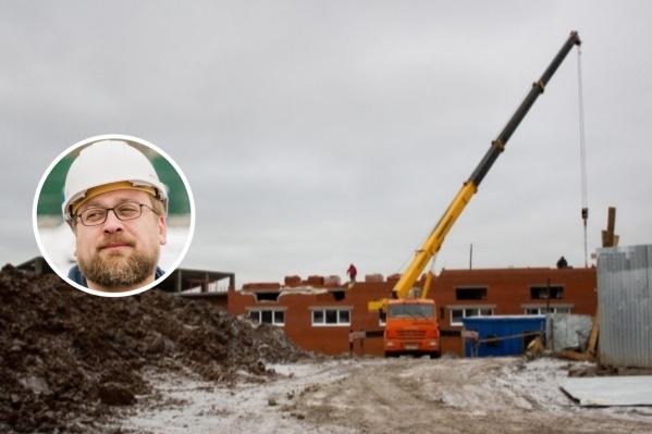 Экс-руководитель проекта Илья Козырев — один из двоих задержанных по делу о мошенничестве при строительстве зоопарка