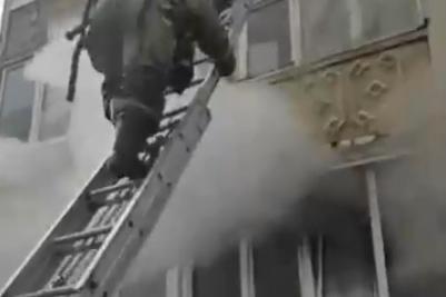 Для эвакуации некоторых жителей понадобилась лестница
