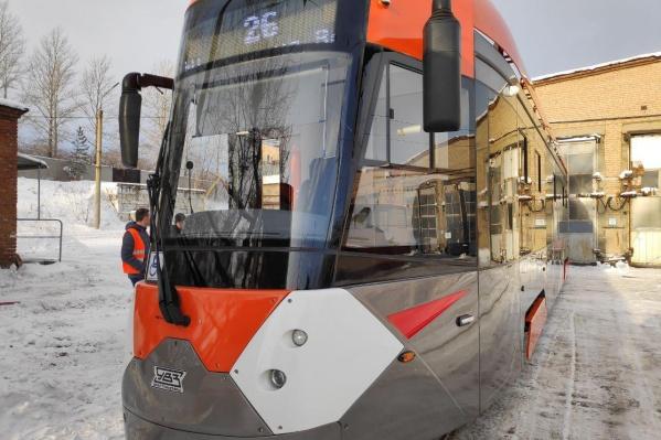 Низкопольный трамвай прибыл из Свердловской области
