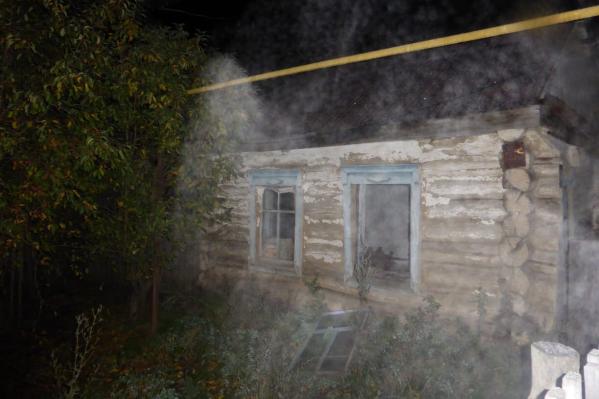 В огне погибли четыре человека