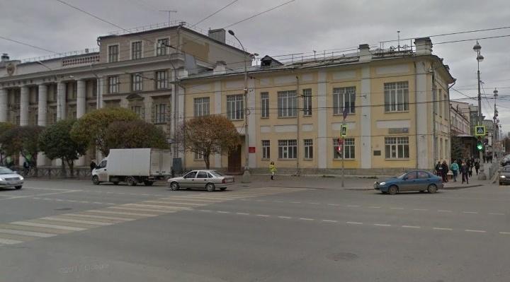 В самом центре Екатеринбурга отремонтируют двухэтажный дом-памятник начала века