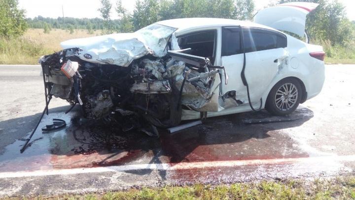 В Тюменской области погиб водитель из Пыть-Яха. Он врезался во встречную иномарку