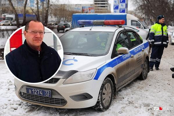Юрий Бакшеев рассказывает, что не попадал в ДТП и не нарушал правила, но однажды его грузовая «Газель» привлекла внимание сотрудников ДПС. Водителя решили проверить на трезвость и обнаружили в моче запрещенное вещество