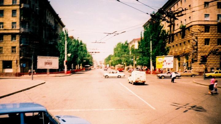 Волгоградский фотограф показал город конца 1990-х