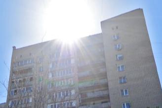 В Советском районе 16-летняя девушка выпала из окна