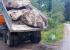 В Шарташский лесопарк завезли трехтонные гранитные валуны, которые не пустят автовладельцев к озеру