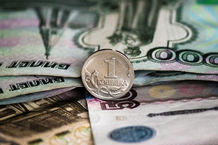 УБРиР заплатил за ошибку в 1 копейку сумму в размере 100 тысяч рублей