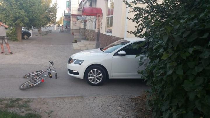 В Волгоградской области иномарка сбила юного велосипедиста
