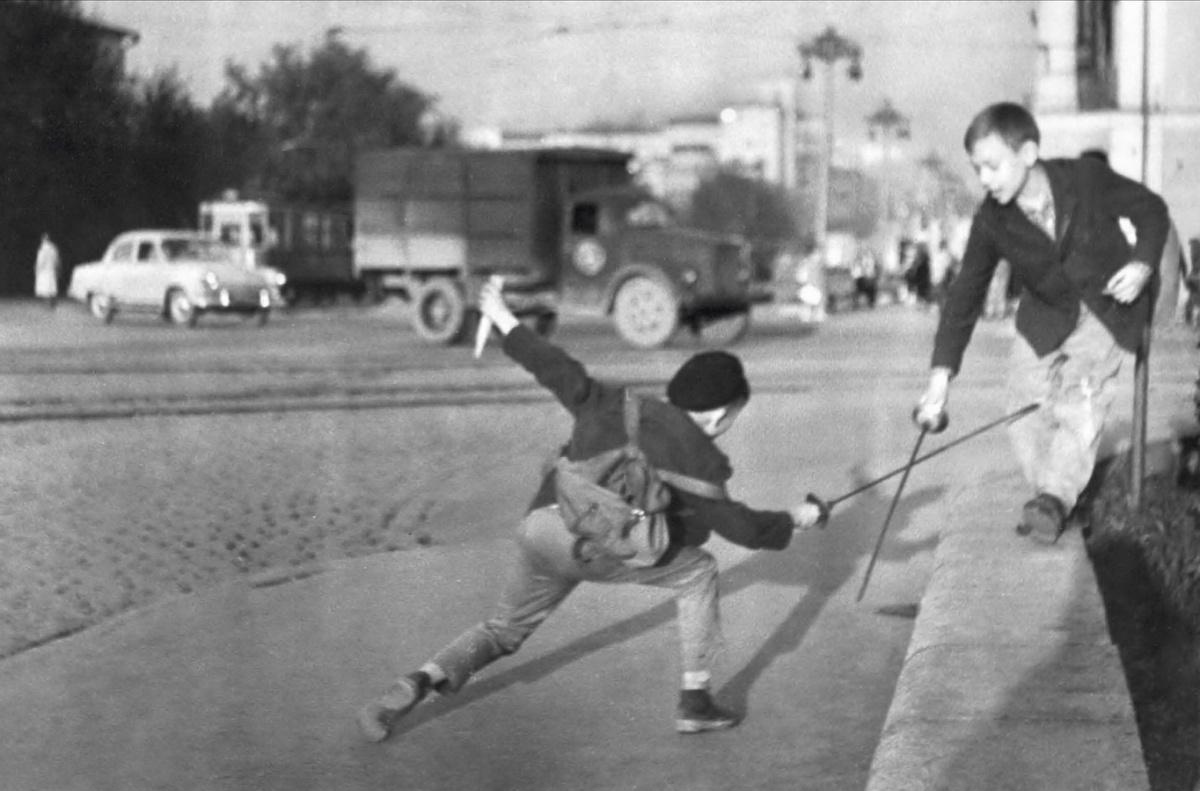 Проспект Ленина. 1970-е годы. Фото Е. Бирюкова (архив автора)