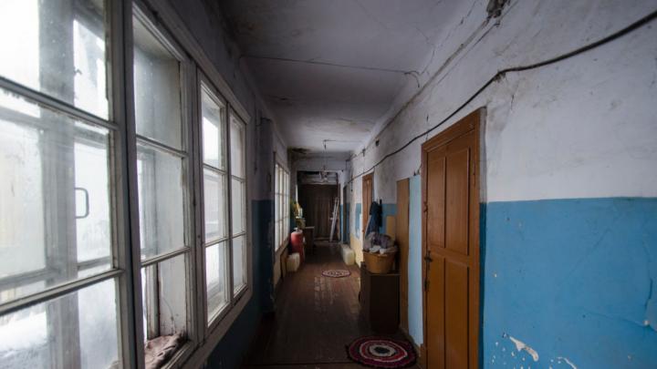 «Проблема устранена»: подачу тепла и горячей воды в квартиры поселка на 26-м лесозаводе возобновили