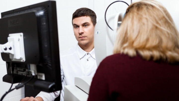 """""""У каждого пациента свой страх"""": врач-офтальмолог - о том, что мешает уральцам решать проблемы со зрением"""