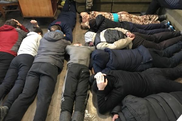 Подпольный склад по производству алкоголя закрыли в ноябре 2017 года в Минусинске