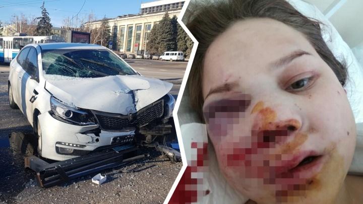 «Приносили сухари и вафли»: в Волгограде семья уснувшей за рулем автомобилистки предложила мировую