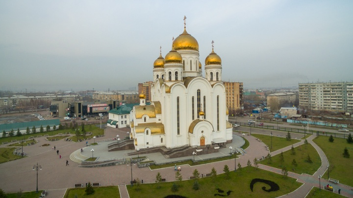 Фотозона, чаепития и экскурсии с подъёмом на колокольню: чем заняться на Пасху в Красноярске