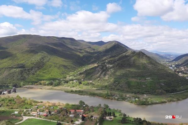 Грузия — одно из популярных туристических направлений у россиян