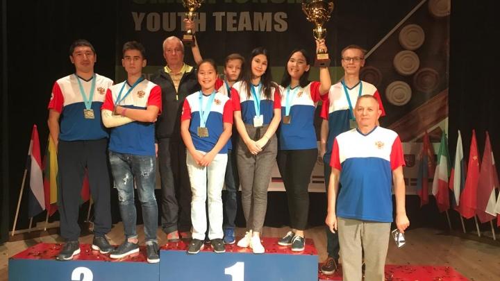 Сильный ход: челябинский школьник помог сборной России завоевать серебро чемпионата мира по шашкам