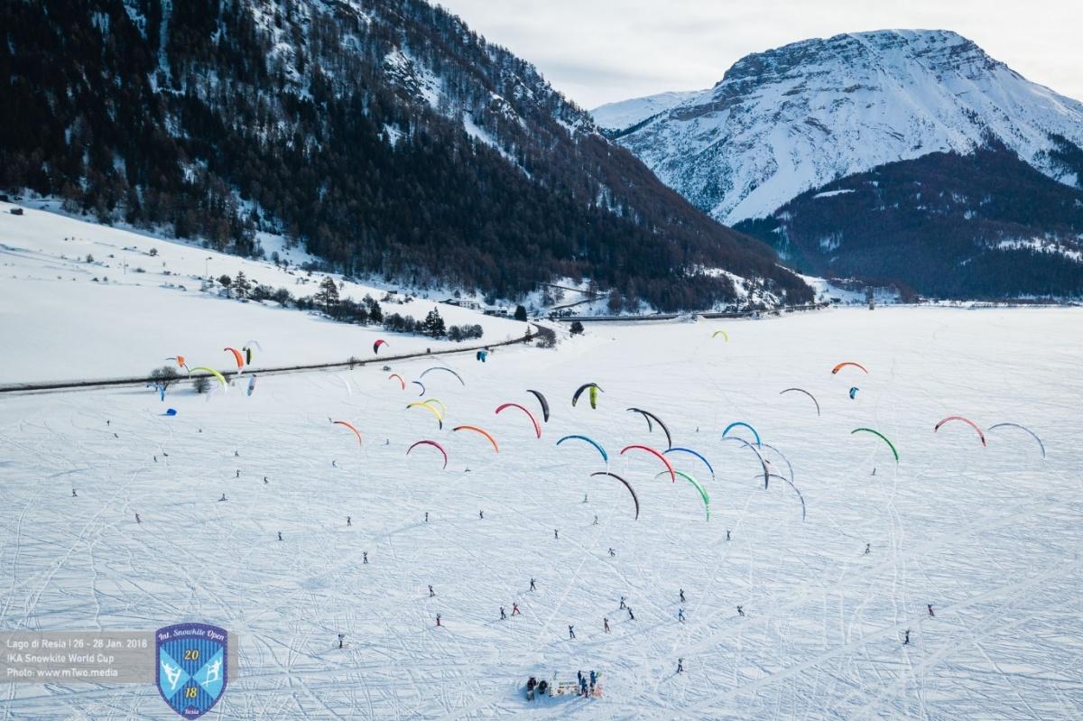 Чемпионат и Кубок проходили в живописном месте в итальянских Альпах