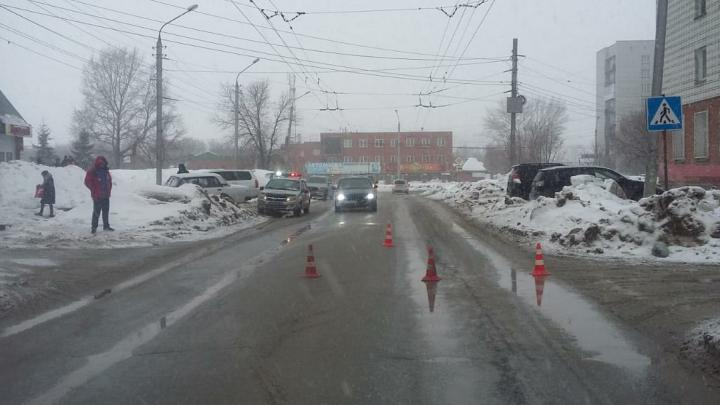 В Кировском районе 17-летний водитель «Жигулей» сбил девушку-подростка на пешеходном переходе