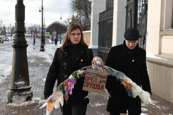 Активисты партии требуют отставки Игоря Орлова