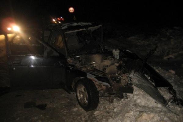 Всего в ДТП участвовали три машины, водитель ВАЗ-2110 погиб