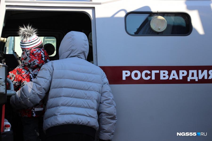 ВОмске пропавшая 8-летняя девочка отыскалась ночью вкилометре отдома