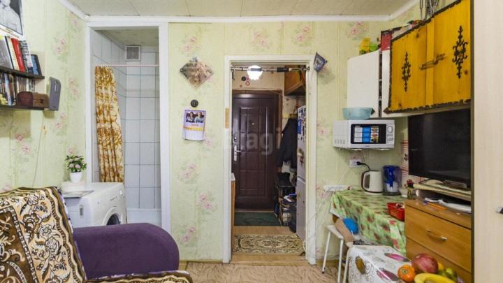 Душ в комнате и кухня на двух «квадратах»: как выглядят самые маленькие квартиры в Екатеринбурге