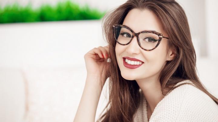Встретим Новый год в новых очках: как приобрести очки в два раза дешевле, рассказали в салоне оптики