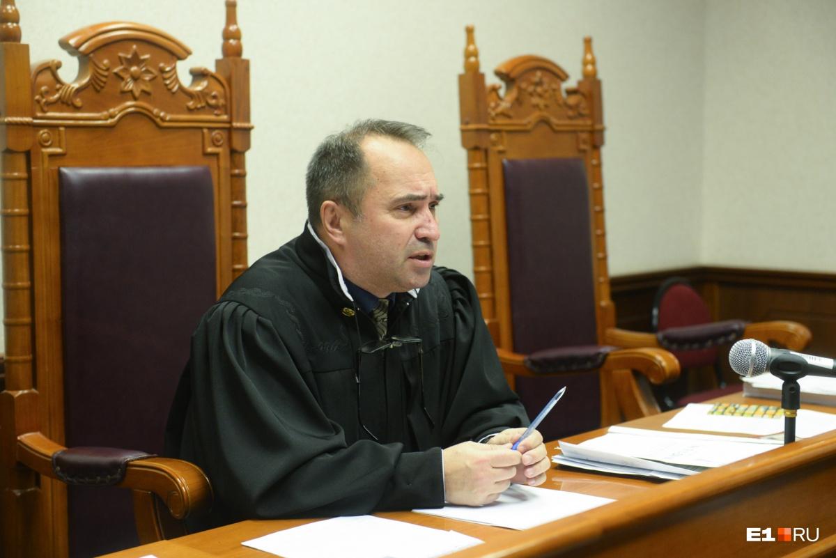 Ильдар Саттаров отменил решение суда первой инстанции